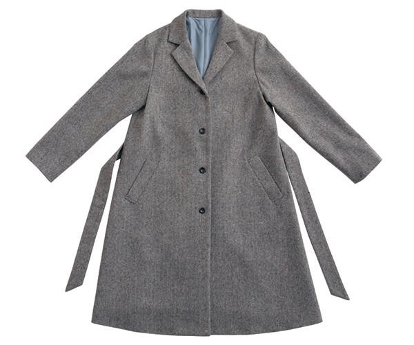 テーラードカラーのコート