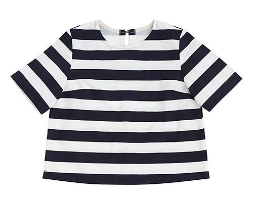 Tシャツ風ブラウス