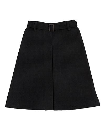 ベルトつきスカート